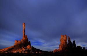 Midnight Monuments  -  Lightpainting